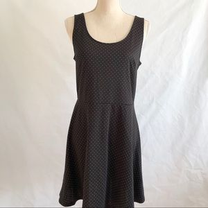 H&M Sleeveless Polka Dot Skater Dress • Size M
